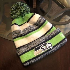 New Era Accessories - New Era Seattle Seahawks Knitted Hat